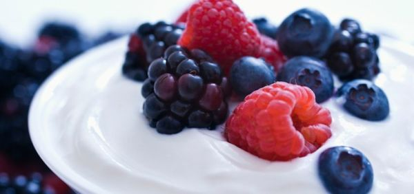 fatty liver breakfast ideas 05 yogurt berries